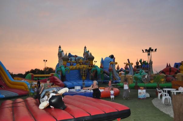 Kolandia Park - Air2jeux - Locations de jeux gonflables et bien plus encore